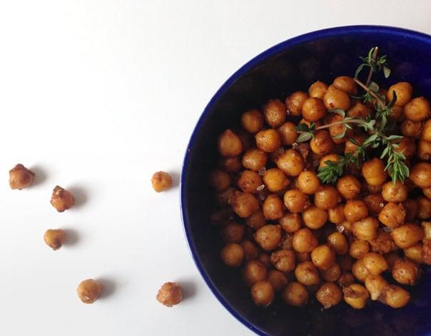 Spicy Garlic Roasted Chickpeas // Feast + West