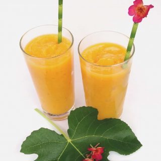 Frozen Mango Daiquiris