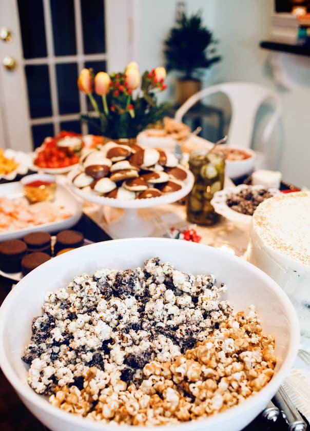 Cookies + Cream Popcorn // Feast + West