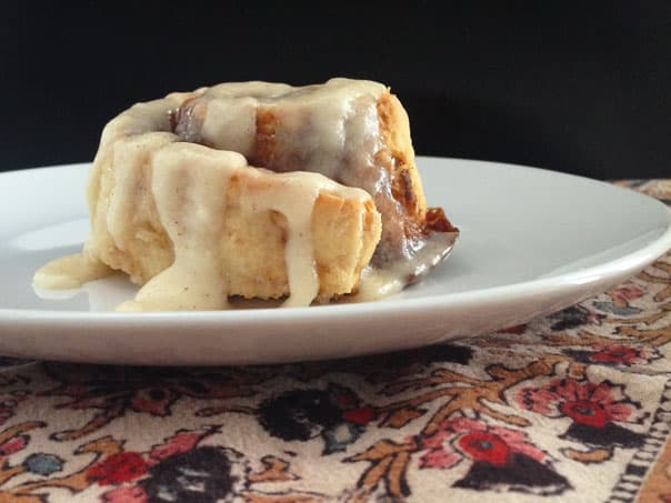 Click below for the Dirty Chai Cinnamon Rolls recipe!