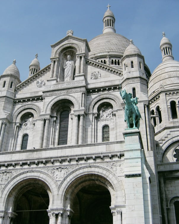 Hidden Gems: Paris, France travel guide // feastandwest.com