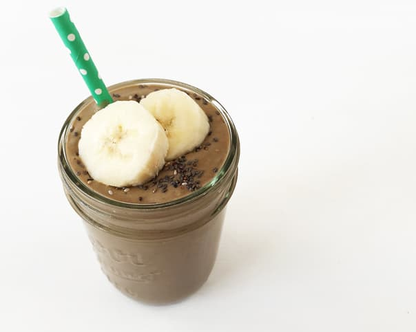 Chocolate Peanut Butter Power Smoothie // Feast + West