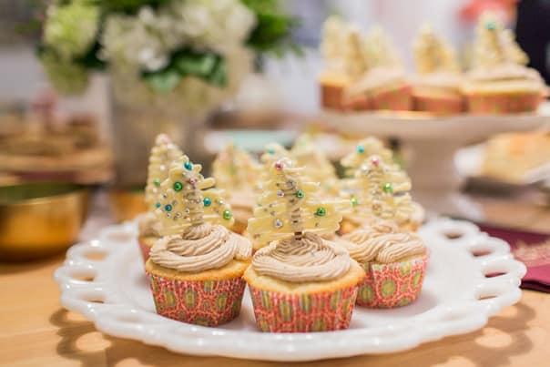 Bright Blog Bash Holiday Party   Sparkly Pastel Metallic details   Greensboro, NC   feastandwest.com & twinstripe.com
