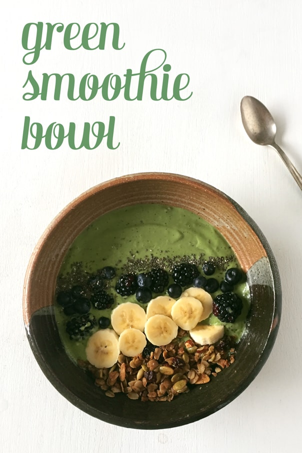 The Green Smoothie Bowl recipe that'll save your breakfast. // Feast + West