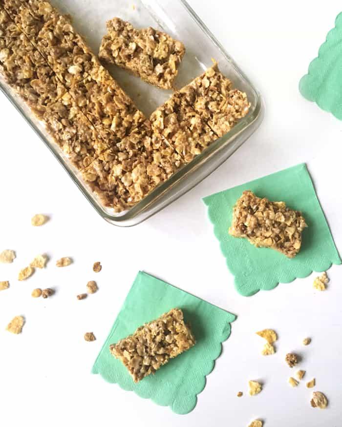 make these nobake salted honey cereal bars for a dessert or