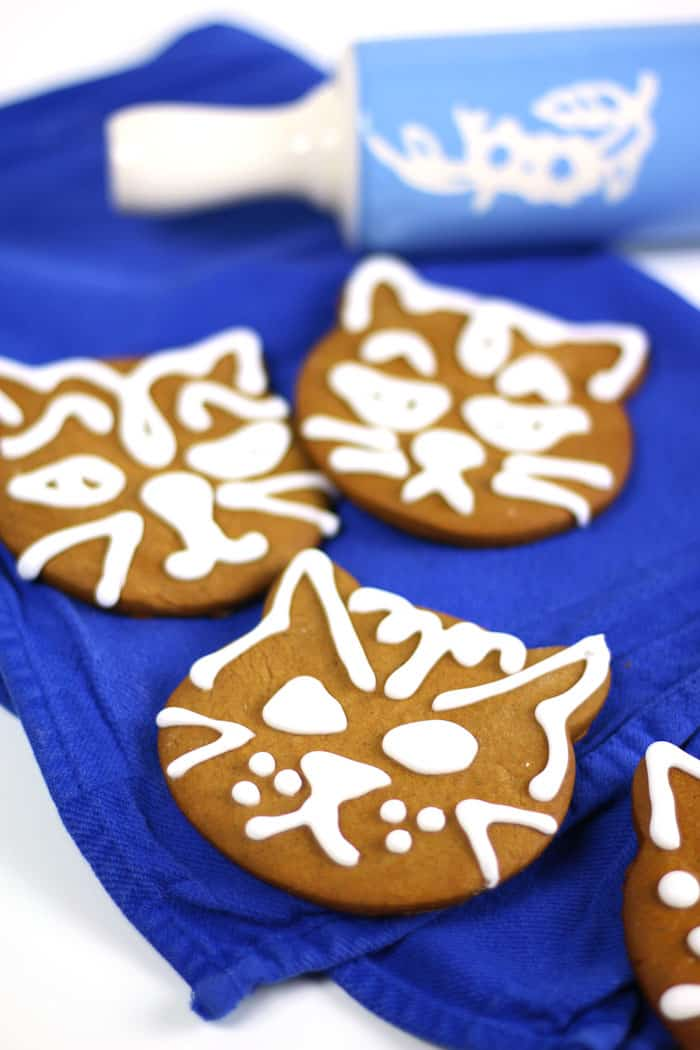 Cardamom Ginger Cat Gingerbread Cookies Feast West