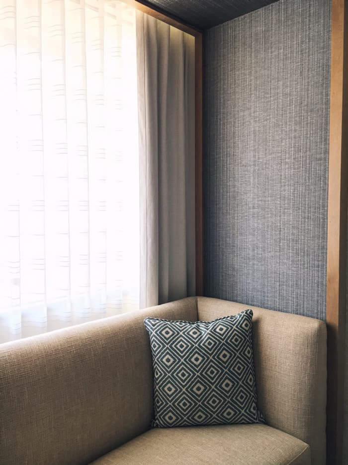 A staycation in Charlotte is the best way to relax and get away from the stresses of life, without having to go too far. Plan a staycation of your own with these tips and see my recent stay at the Charlotte Marriott City Center for inspiration. [AD] (via feastandwest.com)