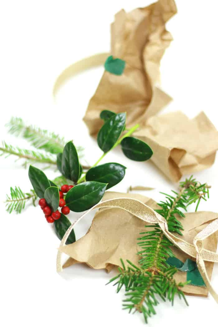 [AD] 5 Tips to Make Your Holiday More Sustainable. Help save the earth with these tips for a greener holiday. From conserving energy to recycling to eating more veggies, you can make a difference by making a few small changes and encouraging others to incorporate sustainable practices into their lives during the Christmas season too. #MyWayToVeg #CollectiveBias (via feastandwest.com)