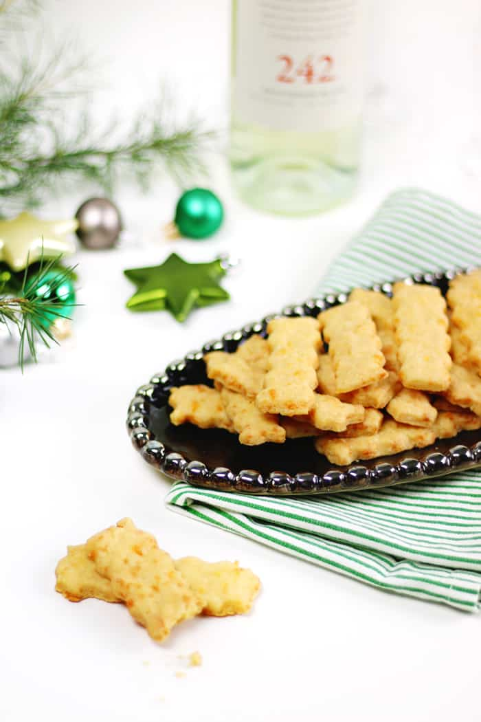 These Spicy Southern Cheese Straws are a family recipe and a traditional party snack, perfect for serving with wine at a Christmas party or other holiday party! They also make for a superb food gift for teachers, friends and neighbors. (via feastandwest.com)
