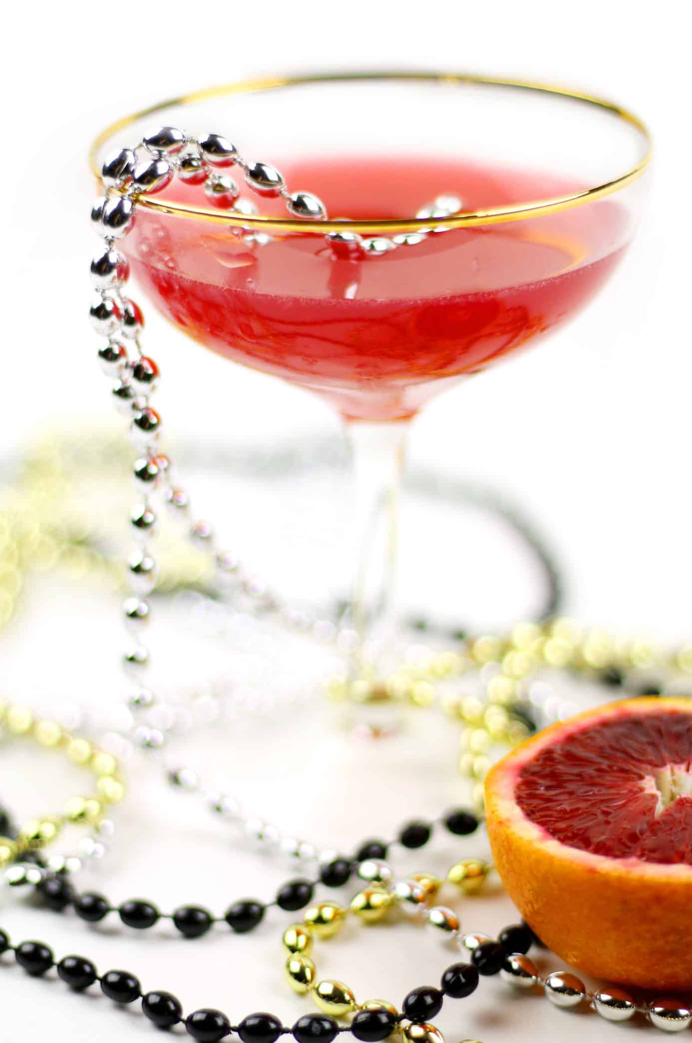 Celebrate Mardi Gras with a Blood Orange Daiquiri, a spin on the classic New Orleans cocktail. Laissez les bon temps rouler! (via feastandwest.com)