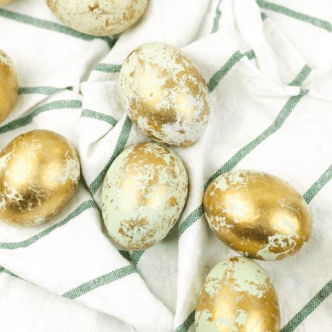DIY Marbled Gold Easter Eggs