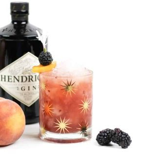 Sip on a Blackberry Peach Bramble. Made with fresh blackberries, peaches and honey, plus fragrant gin, this cocktail is the farmers market in a glass. (via feastandwest.com)