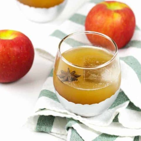 Spiced Apple Cider Rum Punch is the dreamiest fall cocktail to serve at your Thanksgiving table! Homemade spiced rum really takes the cake! (via feastandwest.com)