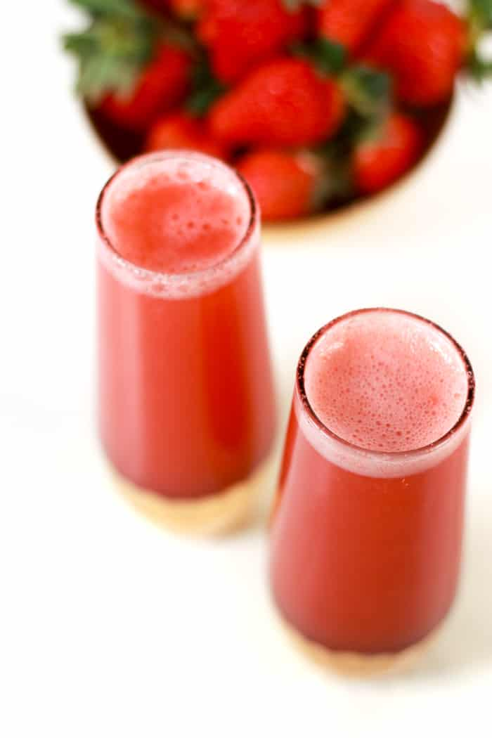 Strawberry Mimosas just make brunch rosy! Whether you make them for a weekend with gal pals, a wedding shower or a celebration like Easter, Mother's Day or Valentine's Day, these sparkling pink mimosas are the perfect way to toast the day ahead.(via feastandwest.com)