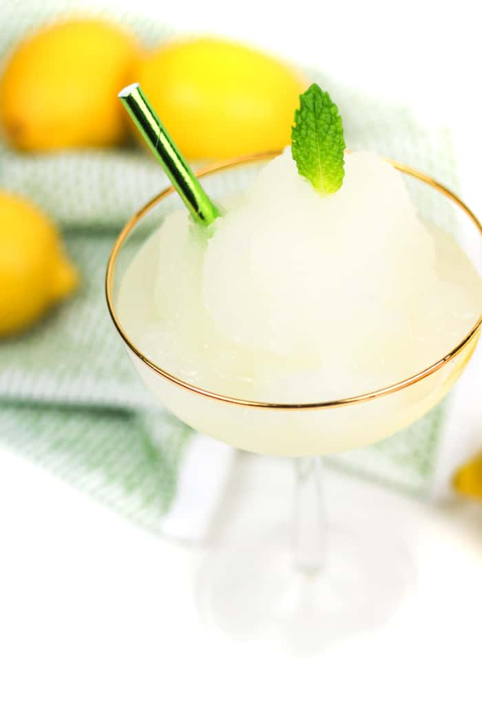 Beat the heat this summer with Frozen Lemon Daiquiris reminiscent of the New Orleans classic cocktail. Sweet and tart, this citrus and rum cocktail is like a fresh frozen lemonade.(via feastandwest.com)