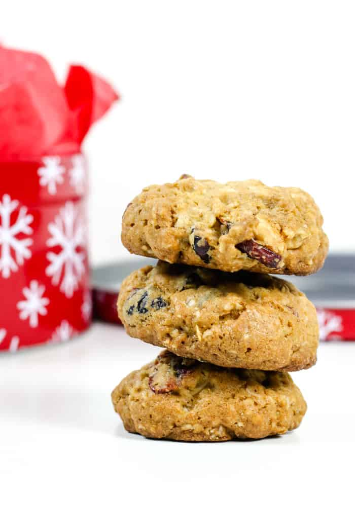 Cranberry White Chocolate Oatmeal Cookies are a festive holiday cookie to share with friends and family! Sweet with a hint of sourness, these cookies are crunchy on the outside and soft on the inside. And they're delicious warm with a glass of milk! (via feastandwest.com)