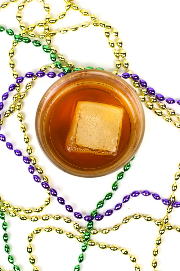 The Vieux Carré Cocktail is a classic cocktail with roots in the French Quarter of New Orleans. Make it to celebrate Mardi Gras or enjoy it in lieu of an old-fashioned. (via feastandwest.com)