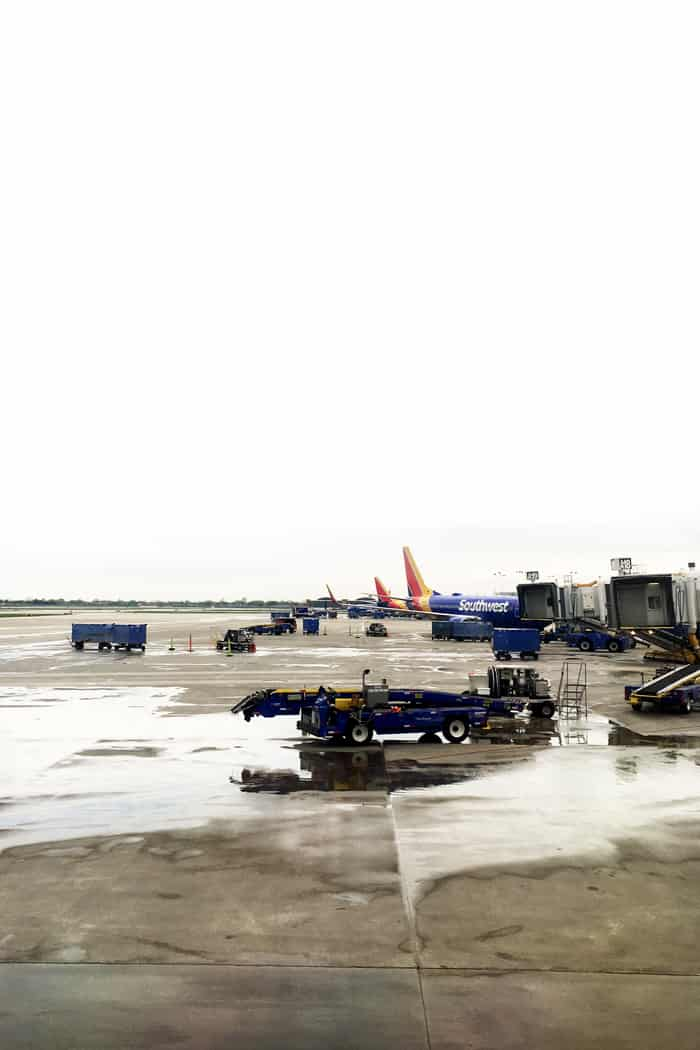 Flying with an injury is no fun at all, but it's a lot easier if you know what to do. Take my tips from traveling with an orthopedic boot on how to handle check-in, airport security and getting around the airport.(via feastandwest.com)