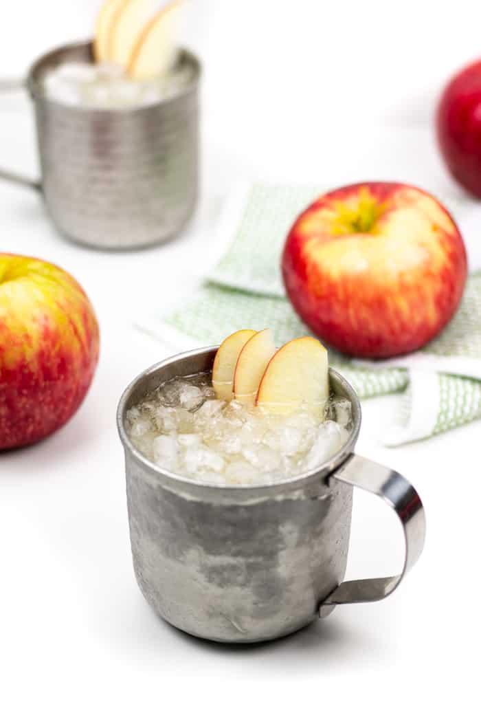 Say cheers to the holidays with an Apple Cider Moscow Mule! This light yet festive cocktail is a treat for Thanksgiving and Christmas entertaining, but just as nice for enjoying at home on an autumn night!(via Feast + West)