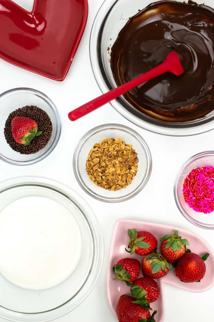 ingredients needed for heart shaped strawberries